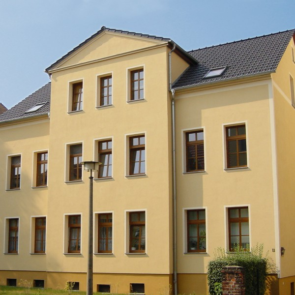 12.Sanierung-Mietwohngebaeude-in-Altenburg-600x600