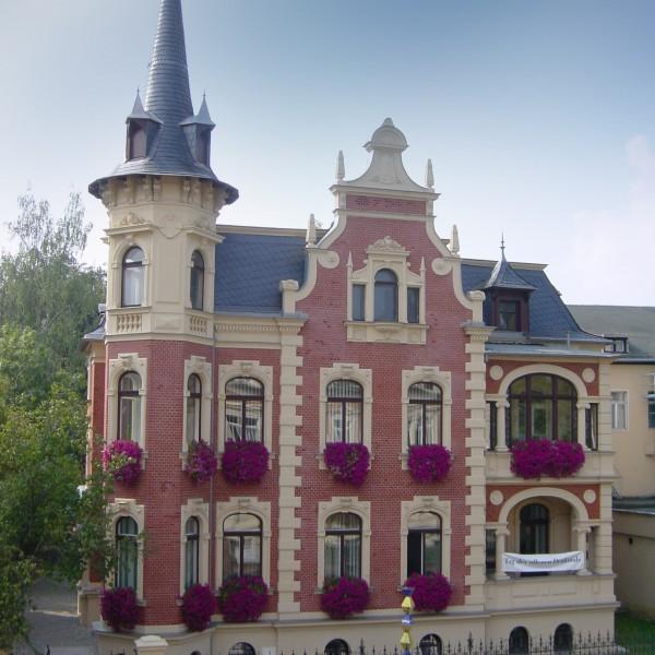 9.Wettiner-22-Villa-Altenburg-600x600